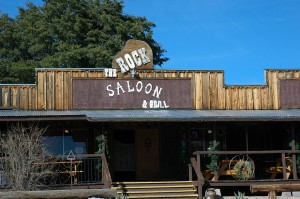 Rock Saloon - a huge boulder is in the center of the bar.