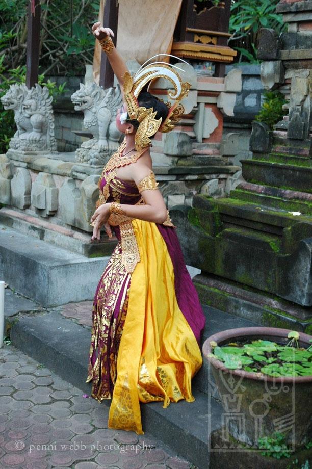 Dancing_like_a_bird_h_JPEG