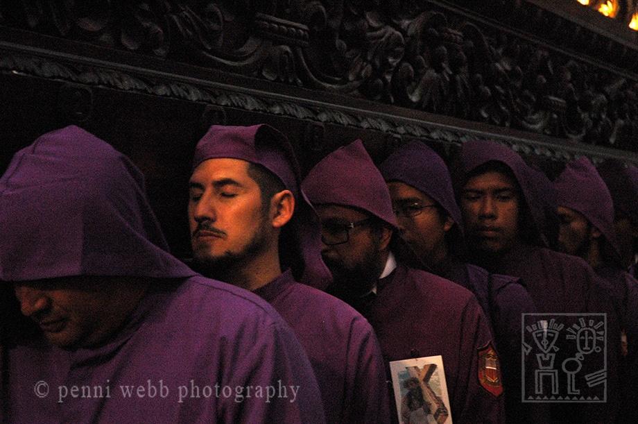 Procession w men