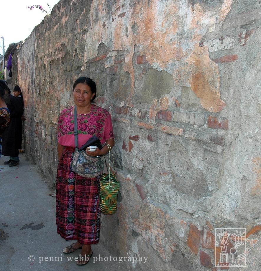 Women by Wall 2