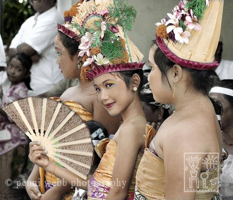 3 Bali Beauties w/ Fan
