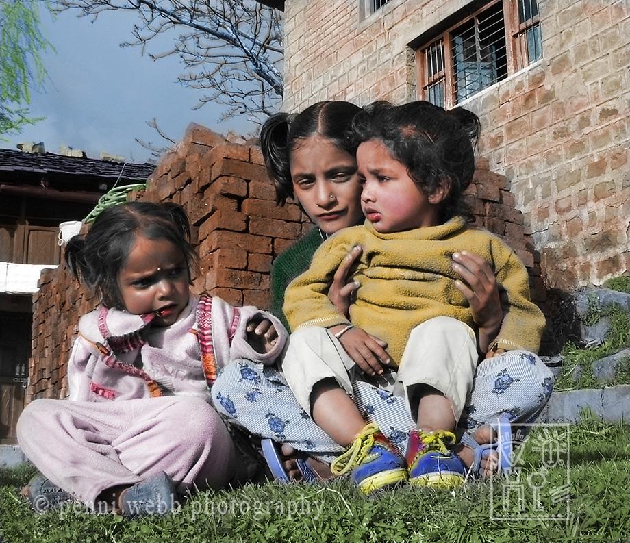 Naddi children, India